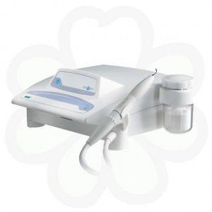 Air Max - содоструйный аппарат для безболезненного профессионального снятия зубных отложений и отбеливания зубов | Satelec Acteon Group (Франция)